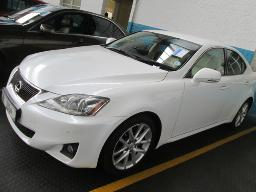 2011-lexus-is-250-164544km