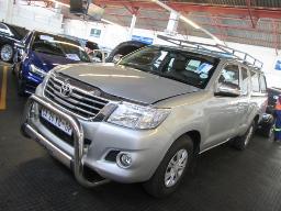 2014-toyota-hilux-d4d-extended-cab-srx-165800km