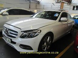 2014-mercedes-benz-c-180-102851km