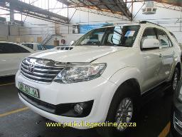 2014-toyota-fortuner-2-5-d4d-148000km