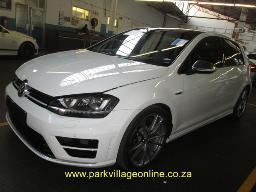 2017-vw-golf-r-no-vat-4184km