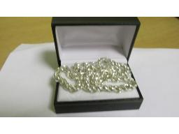 silver-link-chain