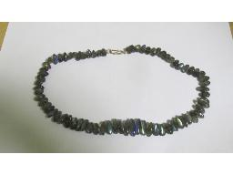 coloured-stone-necklace-laphrodite