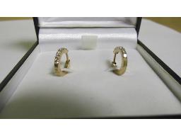 rose-gold-diamond-earrings