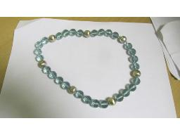 blue-topaz-and-silver-ball-necklace