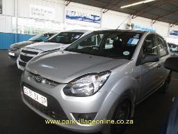 2012-ford-figo-1-4-amb-141829km