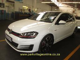 2015-vw-golf-gti-7-dsg-still-financed-paper-delay-31948km