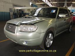 2006-suzuki-forrester-2-5-xt-spraywork-airbags-out-252635km