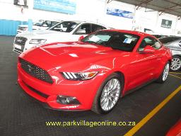 2017-ford-mustang-2-3-447km