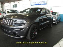 2015-jeep-grand-cherokee-6-4-srt-spraywork-116734km
