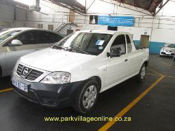 2015-nissan-np-200-1-6-safety-pack-police-numbers-66910km
