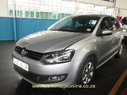 2013-vw-polo1-6-comfortline-hail-damage-55115km