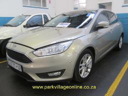 2015-ford-focus-106188km