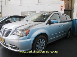 2012-chrysler-grand-voyager-crd-ltd-104957km