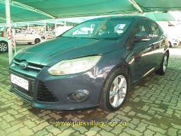 2013-ford-focus-1-6-ti-vct-trend-needs-mech-att-218421km