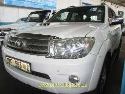 2010-toyota-fortuner-3-0-d4d-183803km