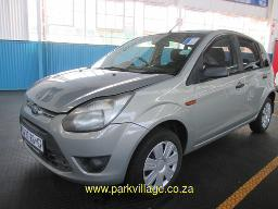 2012-ford-figo-spraywork-95502km
