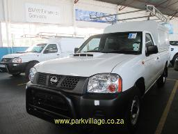 2018-nissan-hardbody-np-300-2-5-tdi-ldv-with-canopy-and-roof-rack-30058km