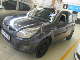 2013-ford-figo-1-4-ambiente-128215km
