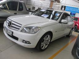 2011-mercedes-benz-c-classc200-100619km
