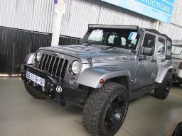 2014-jeep-wrangler-unltd-32238km